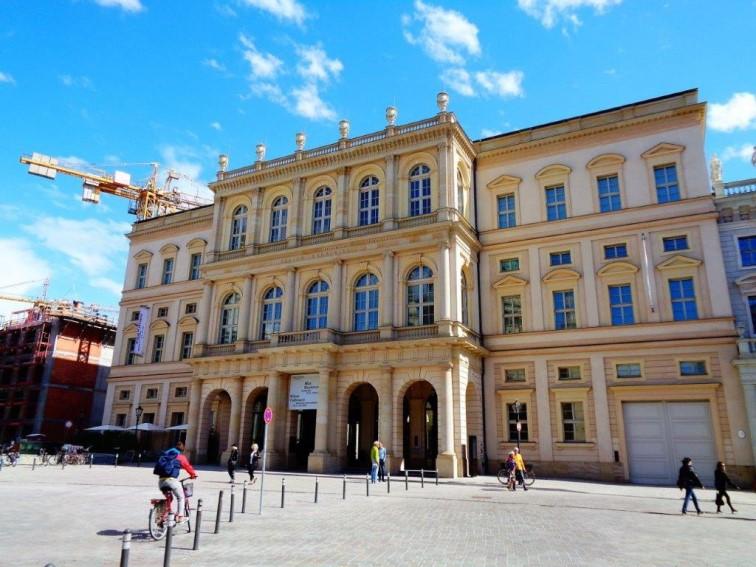 Das wieder aufgebaute Palais Barberini - in der Zeit der Aufklärung pilgerten Künstler und Adlige nach Italien, um sich von der schönen Baukunst und der Geschichte inspirieren zu lassen. (Foto: Bernd Nienhold)