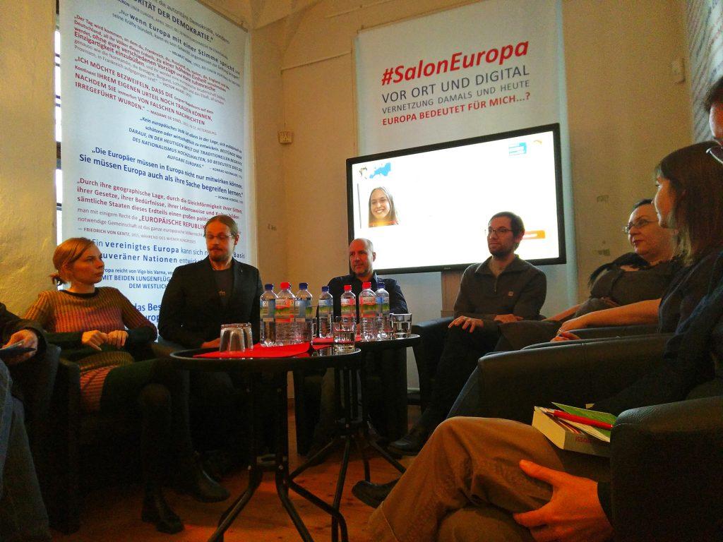 Zum ersten Salonabend #SalonEuropa diskutierten sechs Gäste über Ideen für Europa.