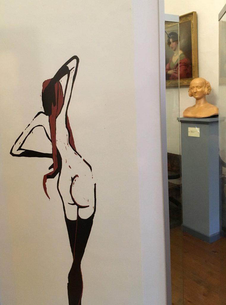 Zaumseil-Holzschnitt im künstlerischen Dialog mit der Büste Wilhelmine von Sagans im Museum Burg Posterstein