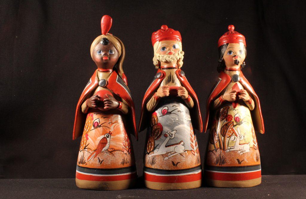 Die drei Heiligen Könige aus einer mexikanischen Krippe (Sammlung Museum Burg Posterstein, VI 9 K6/Ri)
