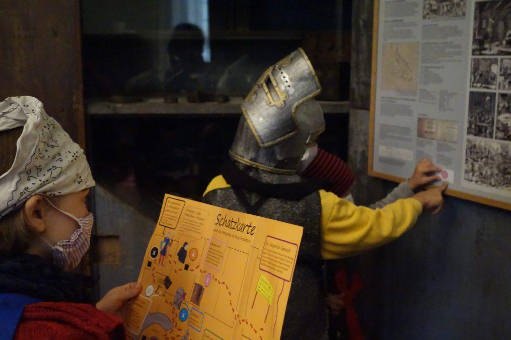 Familien-Besuch auf Burg Posterstein im Pandemie-Jahr 2020