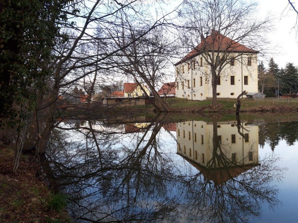 Blick auf das Herrenhaus Nöbdenitz heute (Foto: Museum Burg Posterstein)